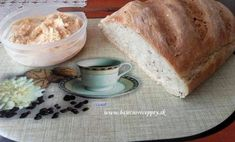 Rychlý hrnkový koláč s tvarohem - pecivorecept Banana Bread, Ale, Tiramisu, Cheese, Desserts, Recipes, Pineapple, Tailgate Desserts, Deserts