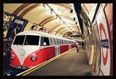 VW Camper Train (24x36) - ARC32676