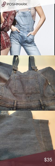 KENDALL & KYLIE denim OVERALLS new 26 Darling A new pair of Kendall & Kylie denim Overalls, size 26, light weight, full length. kendall & kylie Jeans Overalls