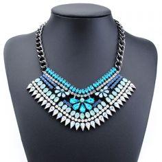 Stylish Faux Gem Flower Shape Necklace For Women