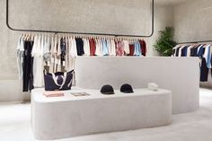 Clothes design store interior shops 41 ideas for 2019 Boutique Interior, Shop Interior Design, Design Shop, Fashion Store Design, Fashion Stores, Fashion Brand, Beverly Hills, Retail Store Design, Retail Stores