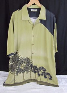 Tommy Bahamas Silk Mens Hawaiian Shirt Size XL Gold W Black Palm Trees  Leaves  7cb8accd4
