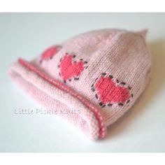Baby beanie 'Little Hearts' Knitting pattern by Little Pickle Knits