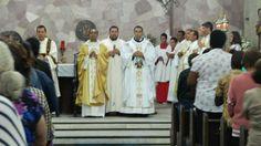 Missa celebrada pelo padre Fábio de Mel
