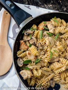 One pot pasta au poulet et aux champignons