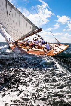 Cory Silken  Spartan sailing in the Marblehead Corinthian Classic Yacht Regatta, Panerai Classic Yachts Challenge.