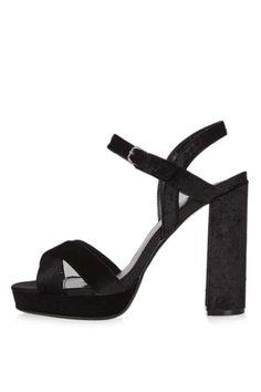 MAJOR Cross Strap Velvet Sandals
