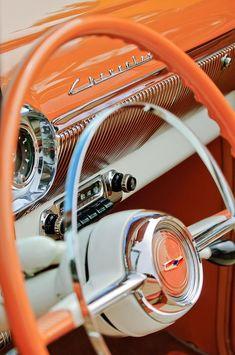 Cars Vintage, Photo Vintage, Retro Cars, Antique Cars, Vintage Sports Cars, Retro Vintage, 1957 Chevy Bel Air, 1957 Chevrolet, Chevrolet Trucks