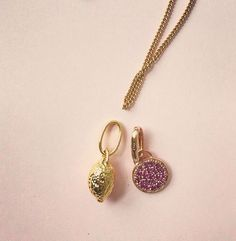 Mixing and matching the gold Lemon & the rose Moonshine  #lemon #moon #charm #chain #jewellery #rosegold #pinkgemstones #neckwear #style