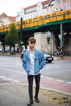 Kevin Elezaj - Selected Homme Chelsea's, H&M Jeans, H&M T Shirt…