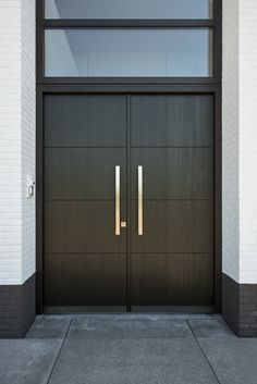 41 Marvelous And Modern Front Door Design Ideas For Your Home - In our commercial world everything holds its commercial value. In the past things which had limited or no commercial value have now turned into exchan. Double Door Design, Main Door Design, Front Door Design Wood, Entrance Design, Modern Entrance Door, Modern Front Door, Modern Main Gate Designs, Double Front Entry Doors, Double Gate