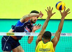 Blog Esportivo do Suíço: Lucarelli joga bem e Brasil arrasa a Itália na Liga Mundial