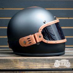 Equilibrialist Knox Maska Visor for Gringo Helmets - Tan/Tinted - Vintage Helmet - Motos Motorbike Clothing, Retro Helmet, Full Face Motorcycle Helmets, Vintage Helmet, Motorcycle Travel, Motorcycle Outfit, Motorcycle Accessories, Cafe Racer Style, Bike Style