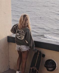 Surfer Girl Style Discover Olive Surf Locos Sweatshirt olive sweatshirts are restocked! Surfer Outfit, Surfer Girl Outfits, Surfer Girl Fashion, Surfer Girl Clothes, Surf Fashion, Bikini Fashion, Girls Summer Outfits, Summer Fashion Outfits, Winter Fashion Outfits