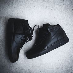 Nike Air Force One Black Leather