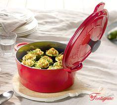Braadpan Fontignac met het exclusieve bevochtigingssysteem 'Fleur de Lys' onderaan het deksel dat uw stoofpannetje lekker mals en sappig houdt.