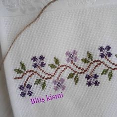 Embroidery Flowers Pattern, Hand Embroidery Designs, Flower Patterns, Cross Stitch Designs, Cross Stitch Patterns, Baby Knitting Patterns, Sewing Patterns, Crochet Bedspread, Embroidery On Clothes