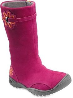 We love these red Keen boots! #REIgifts