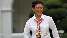Serah Terima Jabatan Susi Ramai Dihadiri Bule - Yahoo News Indonesia Yahoo News, Floral Tie, Business, Fashion, Floral Lace, Moda, La Mode, Fasion, Fashion Models