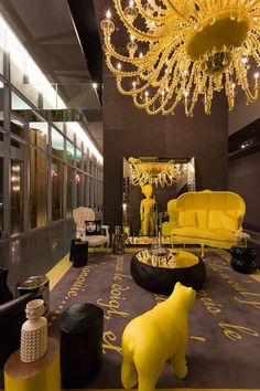 Philippe Starck shares his creative ideas for the Living Room. Creative Designs by Philippe Starck. Philippe Starck, Hotel Lobby Design, Top Interior Designers, Best Interior Design, Lobby Interior, Interior Architecture, Deco Spa, Casa Petra, Design Exterior