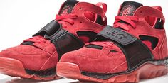 """Nike Air """"Huarache"""" red trainer available now"""