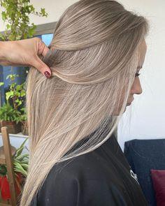 Ash Hair, Brown Blonde Hair, Hair Inspo, Hair Inspiration, Cherry Hair, Beige Blonde, Caramel Hair, Good Hair Day, Cool Hairstyles