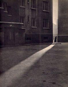 Paris Street   1930   Gilbert de Chambertrand