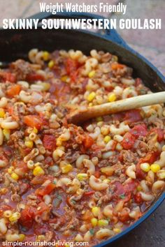 Skinny Southwestern Goulash Simple + Delicious with just 224 calories and *6 WWPP. A great weekend 30 minute skillet recipe. http://simple-nourished-living.com/2015/04/southwestern-goulash-recipe/