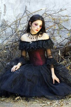 #Goth girl in mourning gown Liberame by riding_thebullet, via Flickr