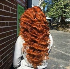 Are you looking for auburn hair color hairstyles? See our collection full of auburn hair color hairstyles and get inspired! Blonde Dreads, Blonde Wig, Ash Blonde, Look Girl, Up Girl, Love Hair, Gorgeous Hair, Platinum Hair Extensions, Hair Colorful
