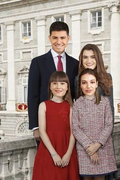 Reyes y princesas de España, la única monarquía con la que estoy de acuerdo.