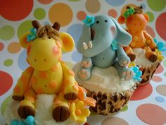 These are the cutest fondant animals I have ever seen!