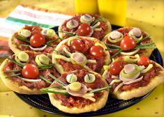 Mini pizza pentru copii   Retete culinare - Romanesti si din Bucataria internationala