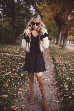 Never Ending Navy - Cara Loren Fall Outfits, Casual Outfits, Cara Loren, Beauty Contest, International Fashion, Autumn Winter Fashion, Winter Style, Nice Dresses, Fashion Dresses