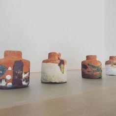 Bigaku-Yaki made from Sayama aesthetics school  This is a special place where art and accommodation overlap  #狭山美学校 #現代美術 #現代アート#art #contemporaryart #ceramics #ceramicart #pottery #現代陶芸 #airbnb #osaka  #japan
