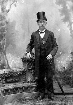 1872 - Victorian fashion for men Victorian Mens Clothing, Victorian Mens Fashion, Vintage Fashion, Vintage Clothing, Victorian Costume, Victorian Era, Antique Photos, Old Photos, Vintage Photos