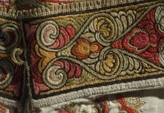 Skjorte - Norsk Folkemuseum / DigitaltMuseum Hardanger Embroidery, Embroidery Art, Embroidery Designs, Bridal Crown, Folk Costume, Traditional Design, Fashion History, Abstract Pattern, Traditional Dresses