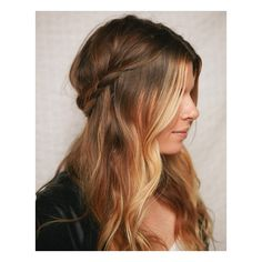 Vintage Half up Half down Hair You Must Try ❤ liked on Polyvore featuring beauty products, haircare, hair styling tools, hair and hairstyles