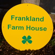 This is a simple house sign that will last for years. Made from light weight but strong aluminium composite. The font was arial Bold and the size was 400mm in diameter. Four leaf clover added at customers request. Ref 2102.sv.009 House Name Signs, Online Signs, Maker Shop, Sign Maker, Round House, Vinyl Lettering, Simple House, Just The Way, Colour Images