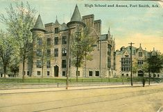 """Fort Smith, Arkansas / courtesy of Don Marquette In the """"old Belle Point School """" was erected at South Ninth and Wheeler. In on the """"old Belle Grove site"""", a new school; was erected which served as the Fort Smith High School until On january the Vintage Postcards, Vintage Photos, Fort Smith Arkansas, Southern Farmhouse, Old Fort, Pack Your Bags, January 11, Arkansas Razorbacks, Yorkshire Terrier"""