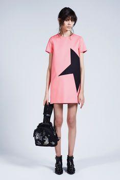 MSGM | Pre-Fall 2015 | 04 Pink short sleeve mini dress with black star