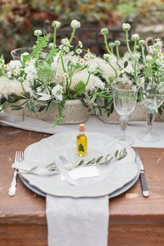 Outdoor wedding reception idea; Roberta Facchini Photography