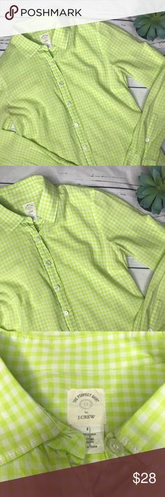 """{J. Crew} sz 2 green check """"the perfect shirt"""" The Perfect shirt by J. Crew in this gorgeous green color that is begging to be worn on Easter Sunday! In excellent condition, no flaws!   Measurements approximate:  Bust: 17 1/2"""" Shoulder to hem: 23 1/2""""  Fabric content:  100% Cotton   Offers always welcome in my closet! J. Crew Tops Button Down Shirts"""