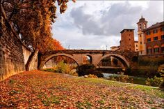 Fall in Trastevere, Rome