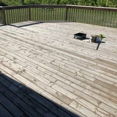 before restaining a deck picture. Restaining a deck is a great weekend project to DIY. Restaining your worn and weather deck can transform it and bring it to life again. Here is how to restain your deck and what to not to do. If your deck is weathered and worn it's time to restain your deck. Check out our before and after photos Oil Based Stain, Water Based Stain, Dyi Deck, Deck Pictures, Painted Trays, Before And After Pictures, Weekend Projects, Landscaping Tips, Diy Home Improvement