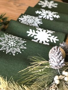 Forest Green Christmas Table Runner Green Burlap with Tossed White Snowflakes, Country Farmhouse Decor, Holliday Linens , Custom Listing