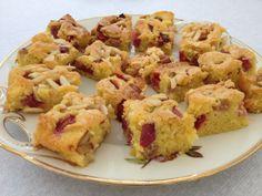 Grandma's Rhubarb Cake – Dinner Recipes Bbq Quotes, Rhubarb Cake, Food Cakes, Confectionery, Cake Recipes, Dinner Recipes, Food And Drink, Cooking Recipes, Favorite Recipes
