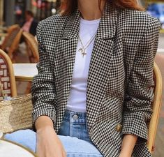 Pin by the moptop on the look trendy kleding, outfits, kledi Basic Outfits, Mode Outfits, Fall Outfits, Casual Outfits, Fashion Outfits, Blazer Outfits, Blazer Fashion, Weird Fashion, Fashion Mode