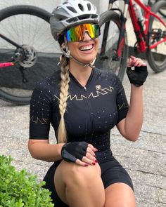 Female Cyclist, Cycling Girls, Bicycle Girl, Sporty Girls, Biker Girl, Cycling Outfit, Athletic Women, Sports Women, Girls Girls Girls