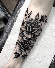 @dmitriy.tkach ____________________ #artist#tattoo#tattoos#tattooed#tattooartist#art#artwork#blackwork#blacktattoo#blackandgrey#rosetattoo#flowertattoo#sleevetattoo#illustration#blackandgreytattoo#lineart#linework#ink#inked#tat#tats#tatuagem#тату#tatuaje#tattoolife#instatattoo#tattooart#tattooist#tattooer#bodyart